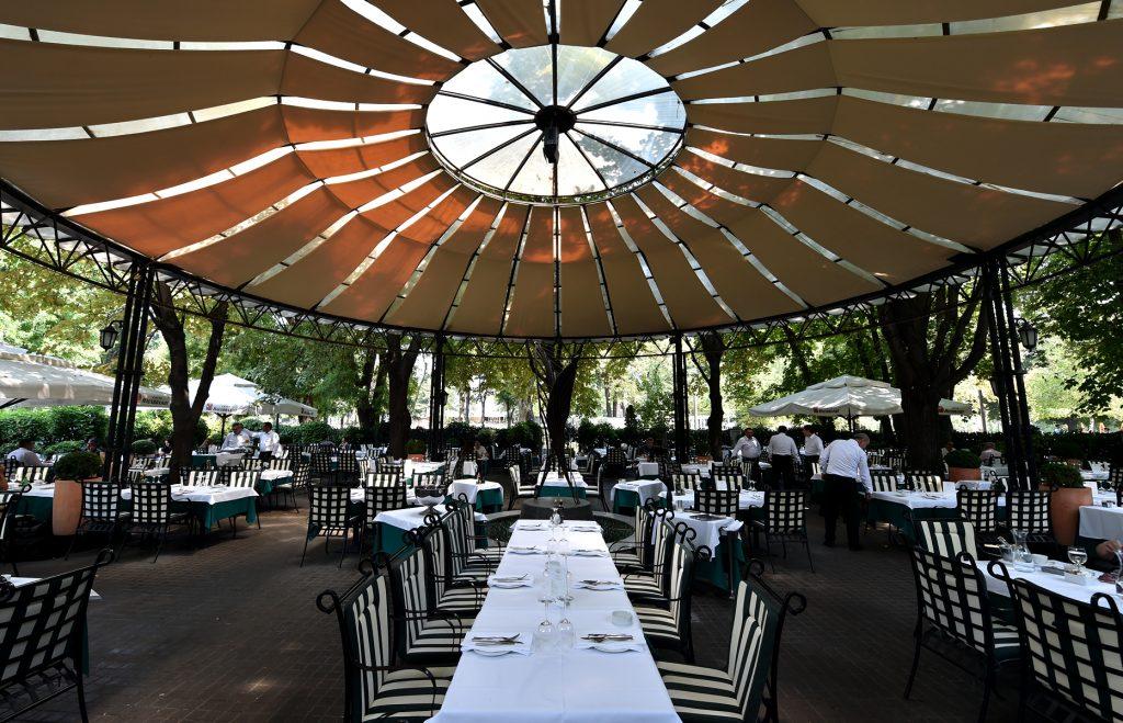 Madera restoran u Beogradu